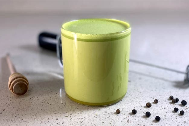 Portada de la receta de curcuma y matcha latte