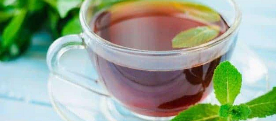 taza de té de menta