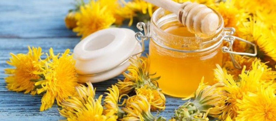 honey-from-dandelion_155165-10826